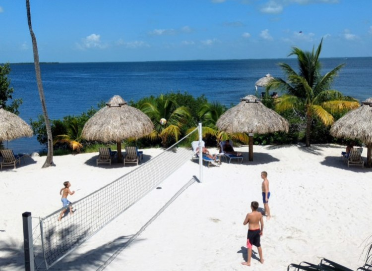 Love beach volleyball? you can challenge your family to a game at Key Largo Bay Marriott Beach Resort!