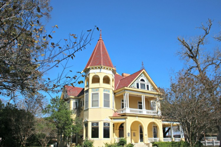 Historic Homes Tours are some of the Things to do in Gonzales Texas