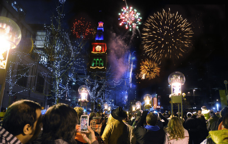 1 of 11 free things to do includes the free family-friendly (early) New Year's Eve fireworks show