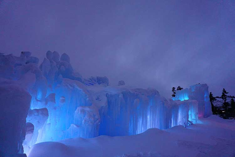 Tips for visiting Ice Castles with kids