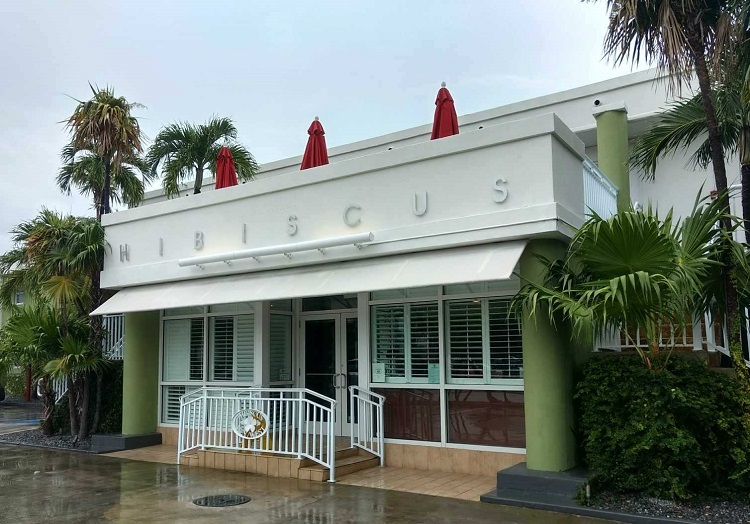 Looking for lodging for your weekend in Key West itinerary? Check out Best Western Hibiscus Motel.