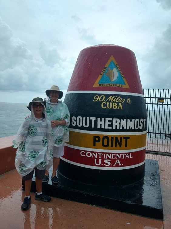 looking for a fun weekend in Key West itinerary filled with landmarks? Add a photo opp of the Southernmost point in the U.S. to it!