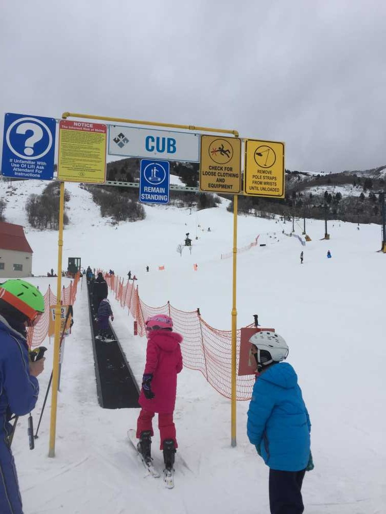 Although among the smallest ski resorts in Utah, Nordic Valley is a great place for young families and people learning to ski.