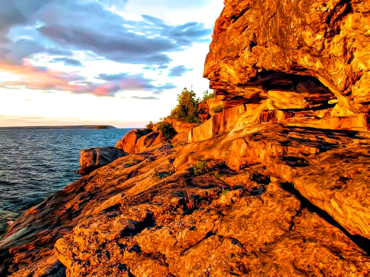 You will find beautiful scenery at many cottages available for rent in Tobermory, Ontario - photo by Yvonne Jasinski Credit Card TravelingMom