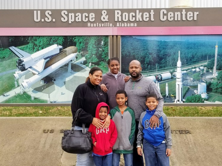 One of the tips for visiting the US Space Center in Huntsville AL is to get there early! The lines will get longer toward the end of the day.