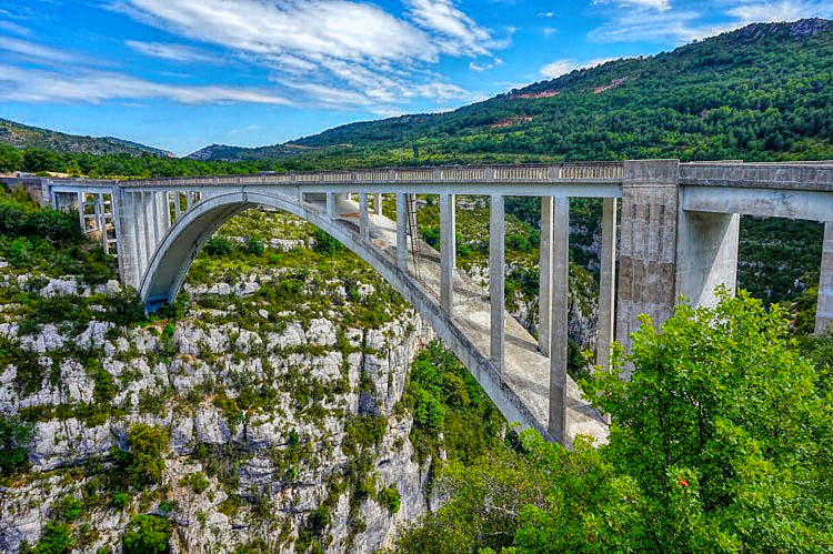 Bridge of Artuby over Gorges du Verdon in Provence, the highest bridge in Europe!