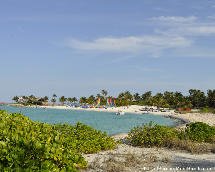 Disney Cruise advice for first time cruisers | Castaway Cay is a stop on many Disney cruises, so it's wise for first time cruisers to decide what they want to do while there.
