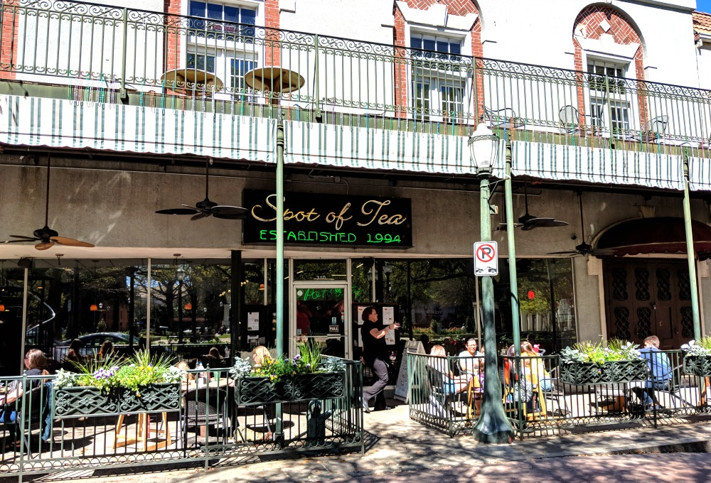 Things to do in Mobile Alabama - eat breakfast or lunch at Spot of Tea