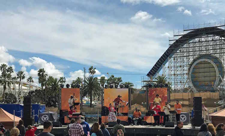 Musical Performances at the 2018 Disneyland Food and Wine Festival TMOM