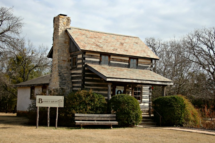 one of the best things to do in Waco Texas is the Homestead Craft Village