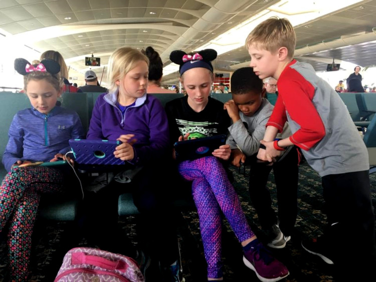 Follow these tween travel tips for a peaceful flight.