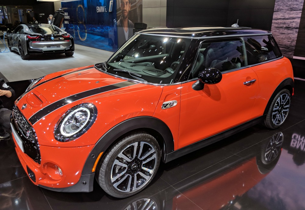 Auto show with kids - Mini Cooper from BMW