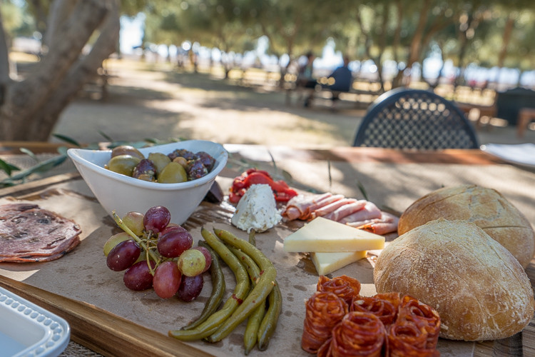 olive oil tasting and lunch at queen creek olive mill in mesa arizona
