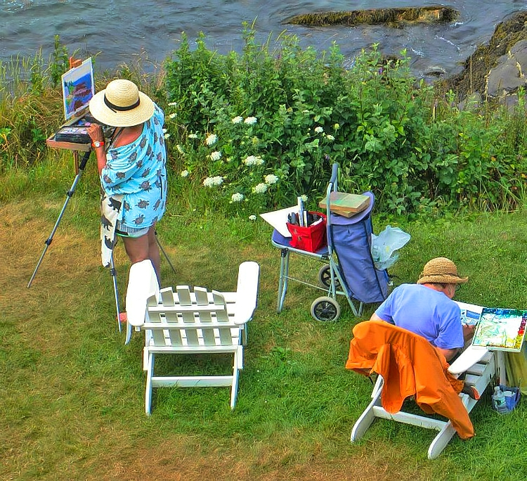 Monhegan Island in Maine lures artists to reflect its beautiful scenery.