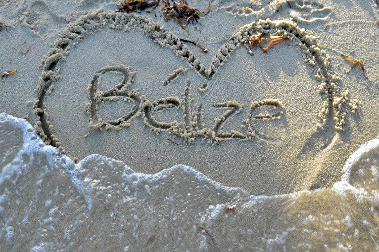 is Ambergris Caye Belize a great beach vacation spot