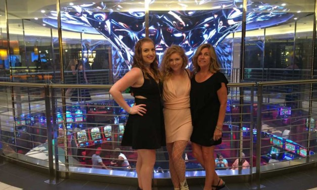 7 Reasons to Choose Carnival for a Mother Daughter Cruise