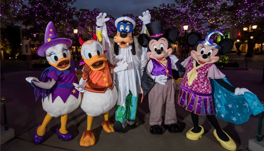 Planning Guide to Mickey's Halloween Party at Disneyland