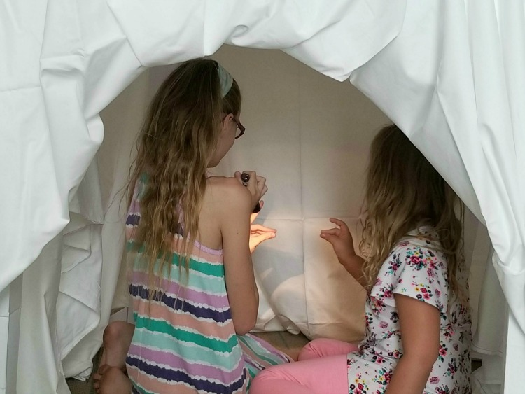 The Wyndham Grand Clearwater Beach Reconnected Experience gives kids the chance to build forts and make shadow puppets
