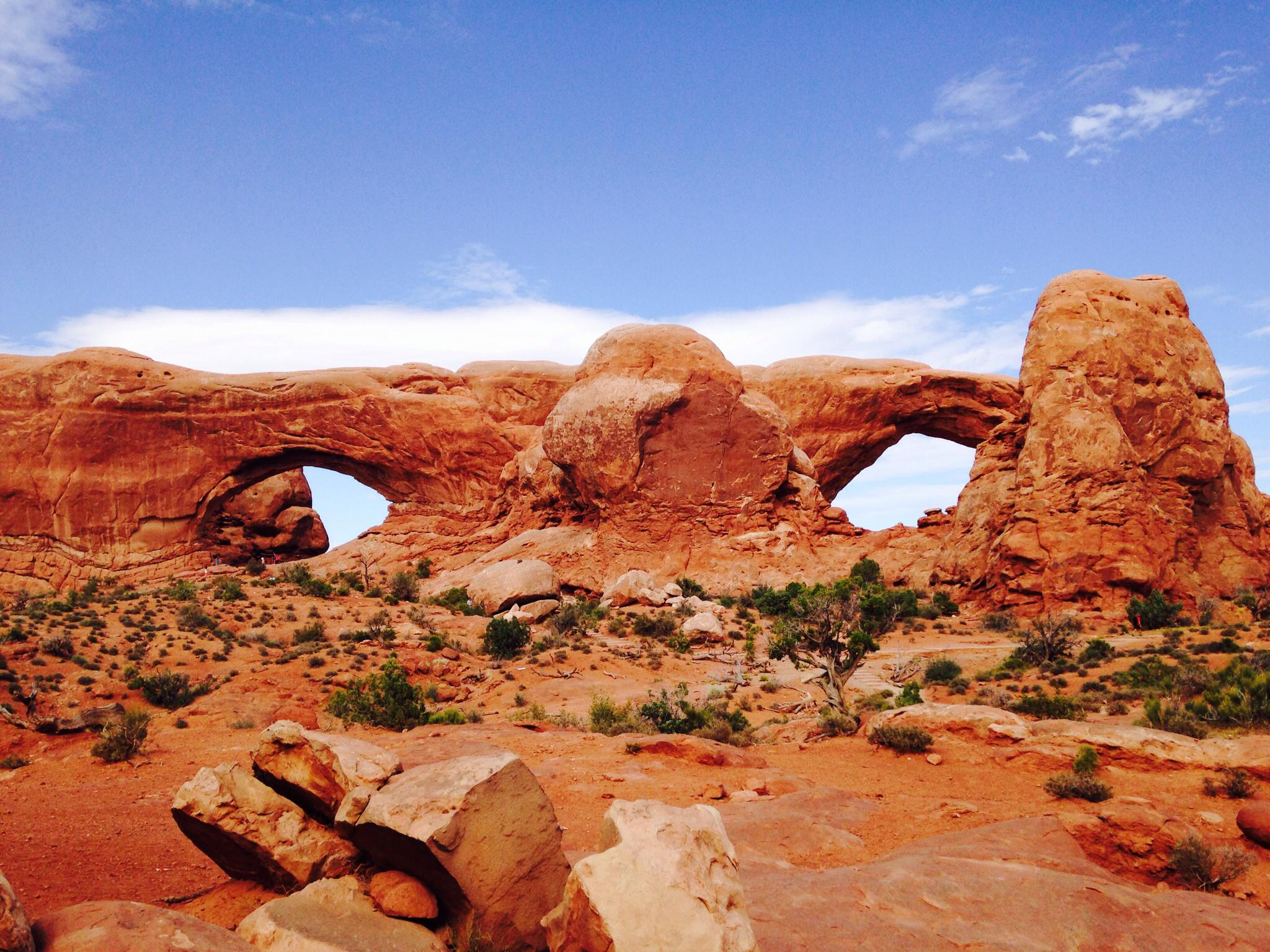 Best family road trips include Utah and the Arches National Park on TravelingMom
