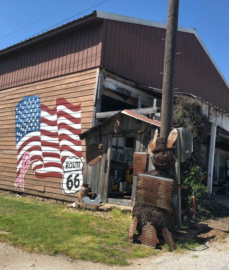 Route 66 is one of the best family road trips in the USA on TravelingMom