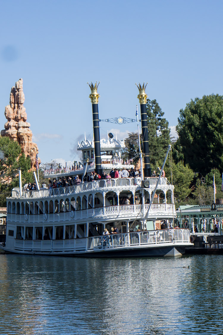 One of the more chill Disneyland rides, the Mark Twain riverboat