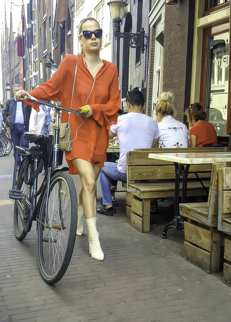 How to visit Amsterdam in two days. People watching. Biking is not for exercise in Holland, it is a way of transportation.