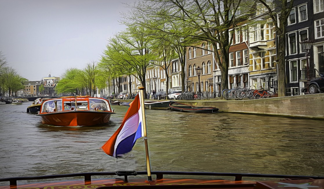How to visit Amsterdam in two days. Jump on the boat and enjoy!