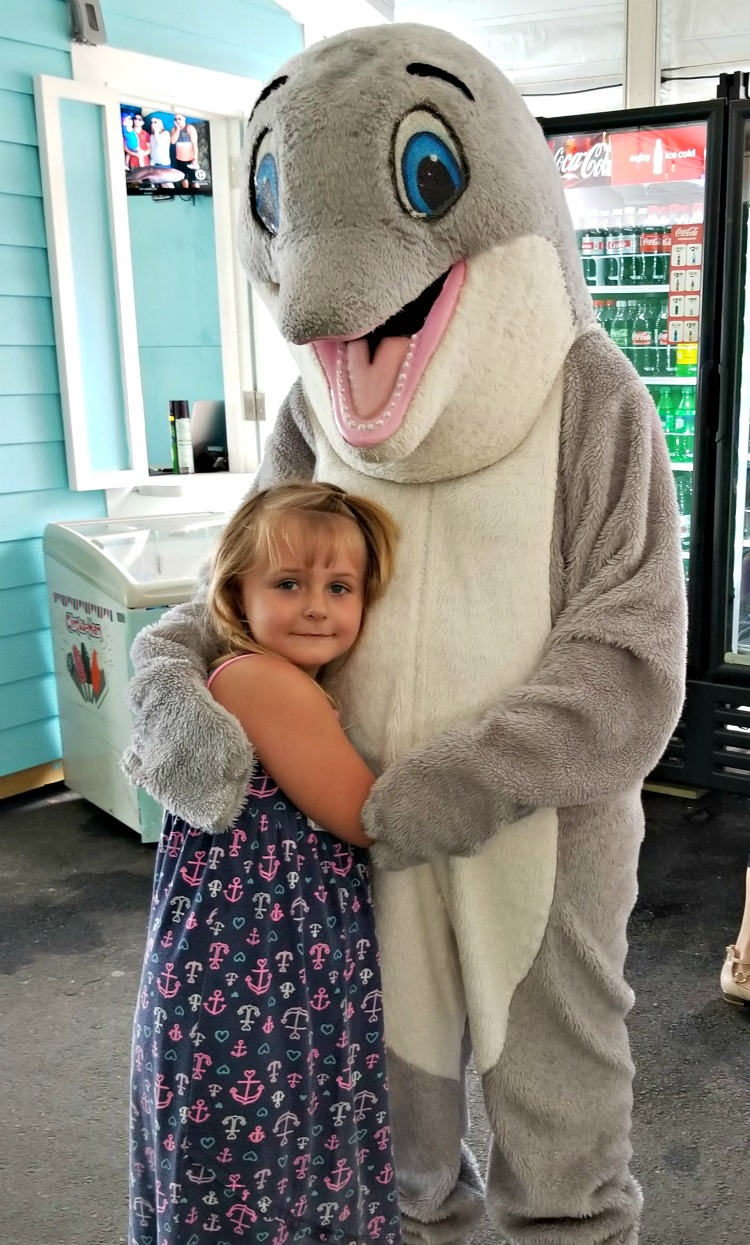The Clearwater Marine Aquarium had plenty of family friendly activities, including being able to give Winter a hug on the way out.