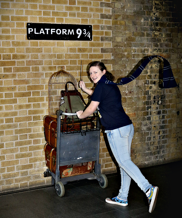 Harry Potter photo opportunity at King's Cross Station, London