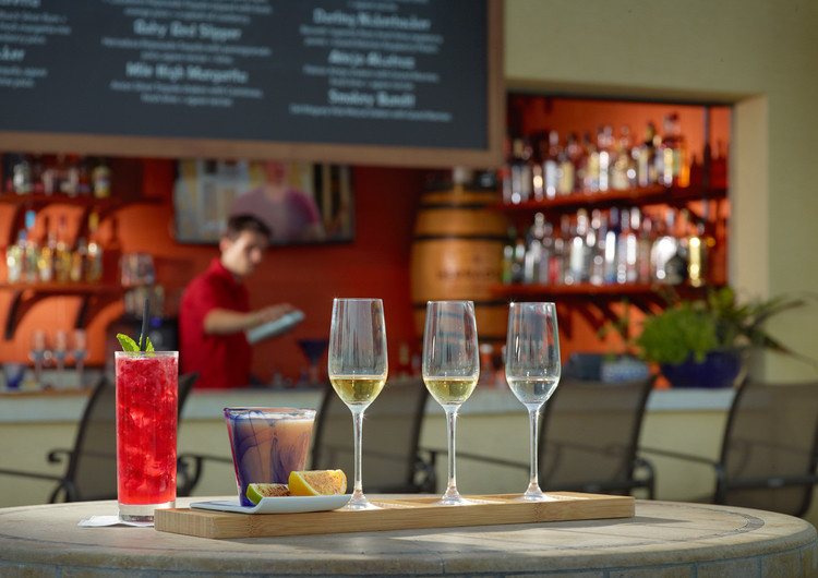Amelia Island has the best cocktail bars, including a Rum Tequila experience - perfect for a mother-daughter getaway!