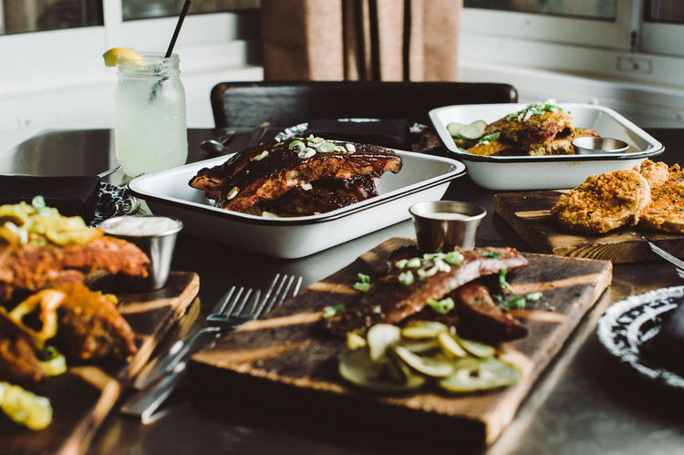Amelia Island has a restaurant that serves a Southern feast, Gilbert's Underground. If you're looking for dining options on your next mother-daughter getaway, check it out!