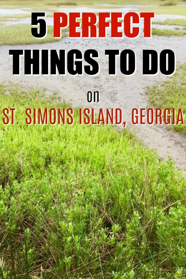 St,. Simons Island sets the stage to be charmed in fiv e big ways, and abundant little styles.