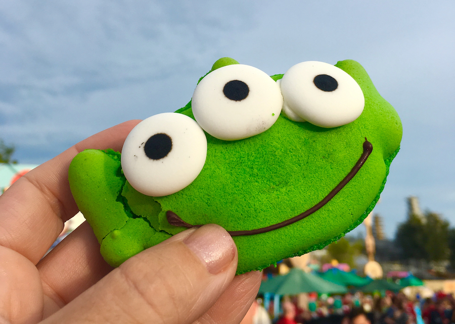 Alien Cookie in Toy Story Land. Hollywood Studios for Preschoolers.
