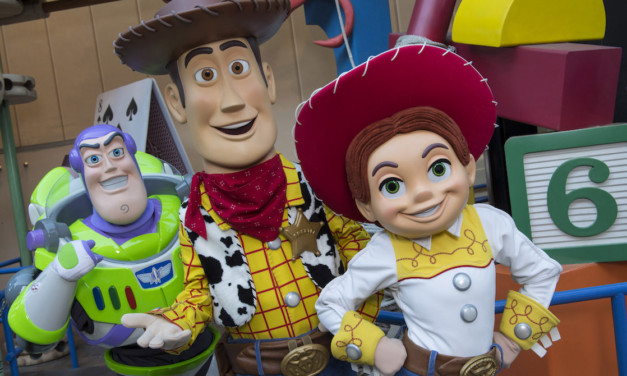 Ultimate Character Guide for Disney's Hollywood Studios