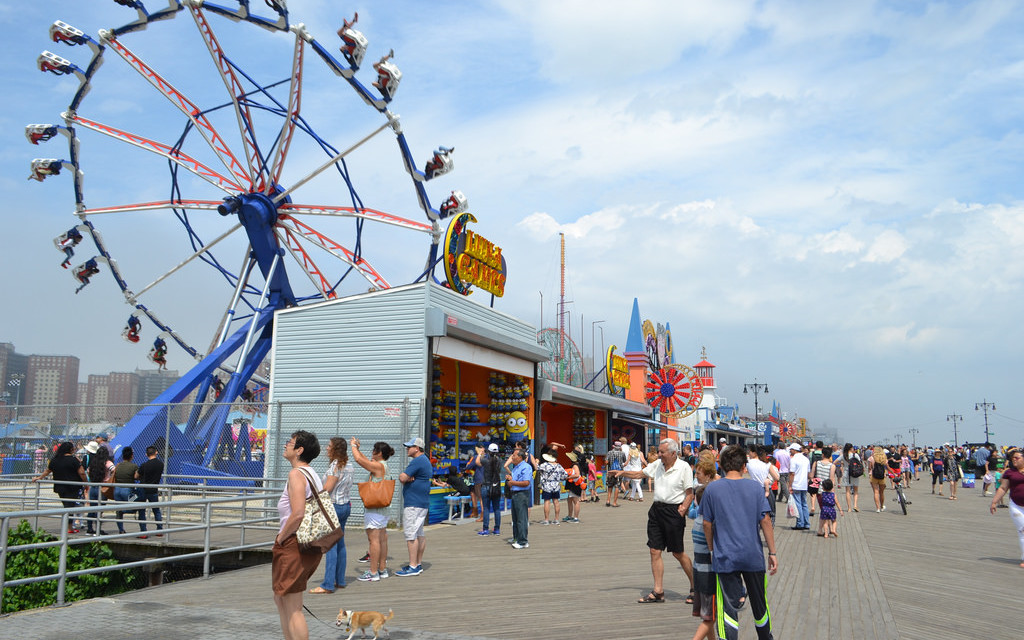 Luna Park Coney Island: Old Fashioned Fun for the Kids – A Historic Adventure