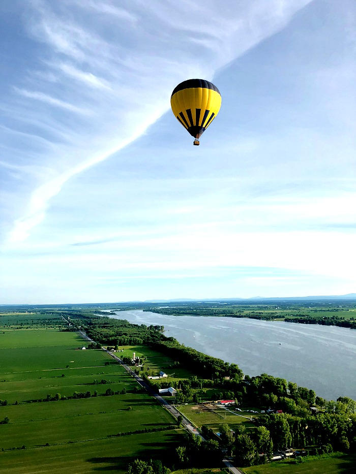 Exciting Things to Do in Monteregie includes hot air balloon rides!