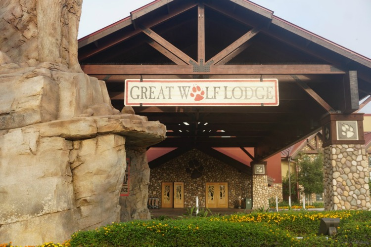 There are so many things to do with preschoolers at Great Wolf Lodge Anaheim, beginning with spending the day at the indoor waterpark! Photo by Multidimensional TravelingMom, Kristi Mehes.