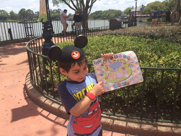 Toddlers are able to participate in a fun scavenger hunt during the Flower and Garden Festival. Photo by Multidimensional TravelingMom, Kristi Mehes.