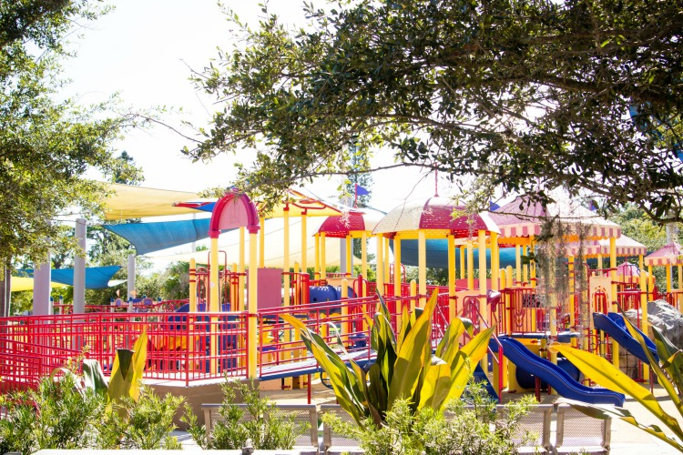 The bold colors make this circus themed park in Sarasota really stand out