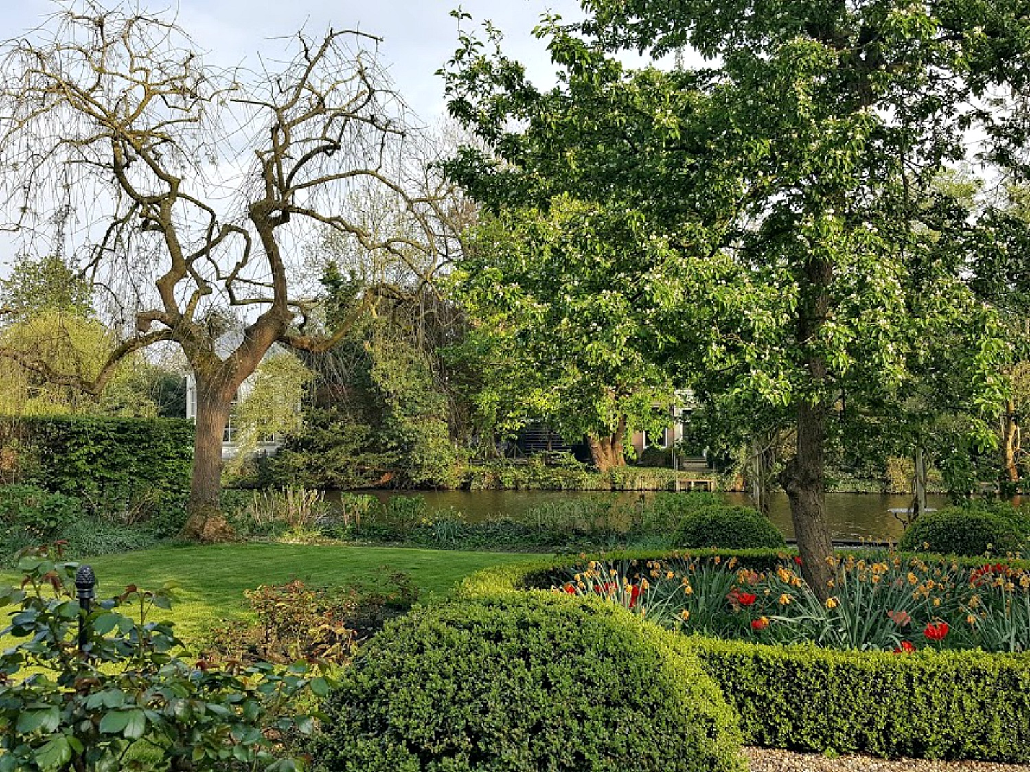 Best day trips from Amsterdam. Loenen aan de Vecht -picture perfect town few miles from Amsterdam.