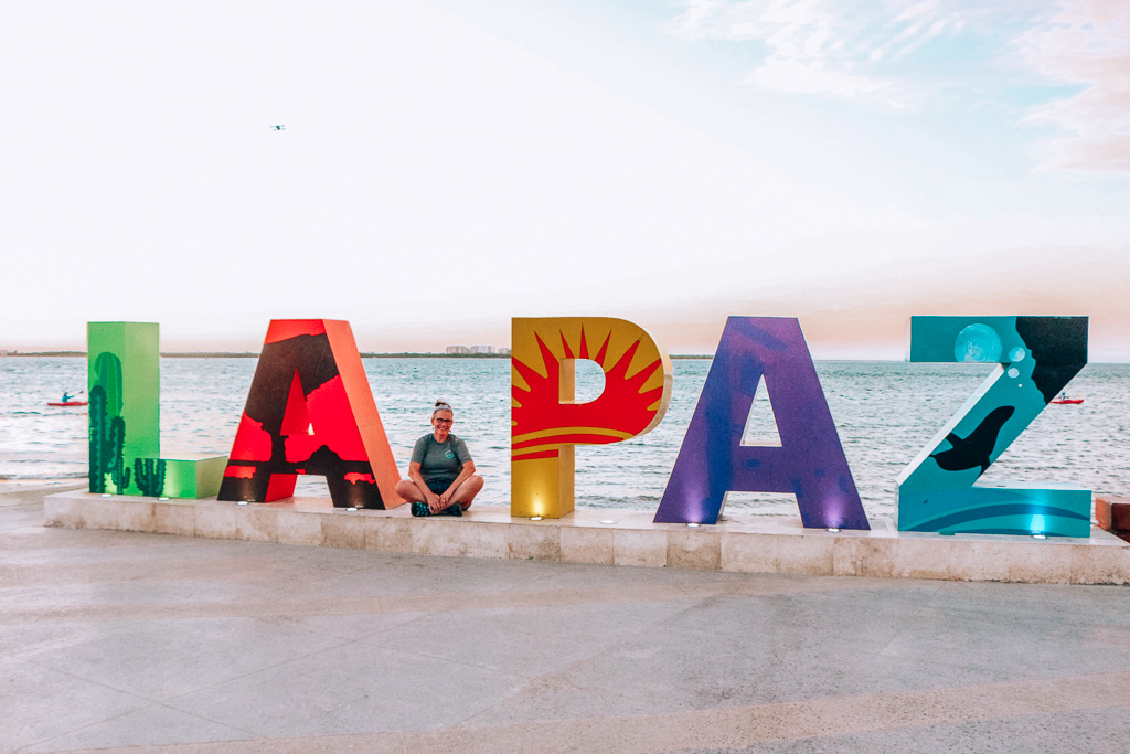 There's lots of info in this complete visitor's guide to La Paz Baja California Sur, to include where to take the best pictures!