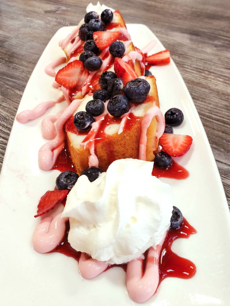 If you dine at Clear Sky on Cleveland when you eat in Clearwater Florida, be sure to try the cake with fresh berries.