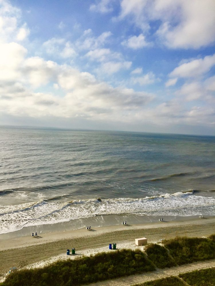 Though an extremely popular family travel destination, it is possible to do Myrtle Beach on a budget.