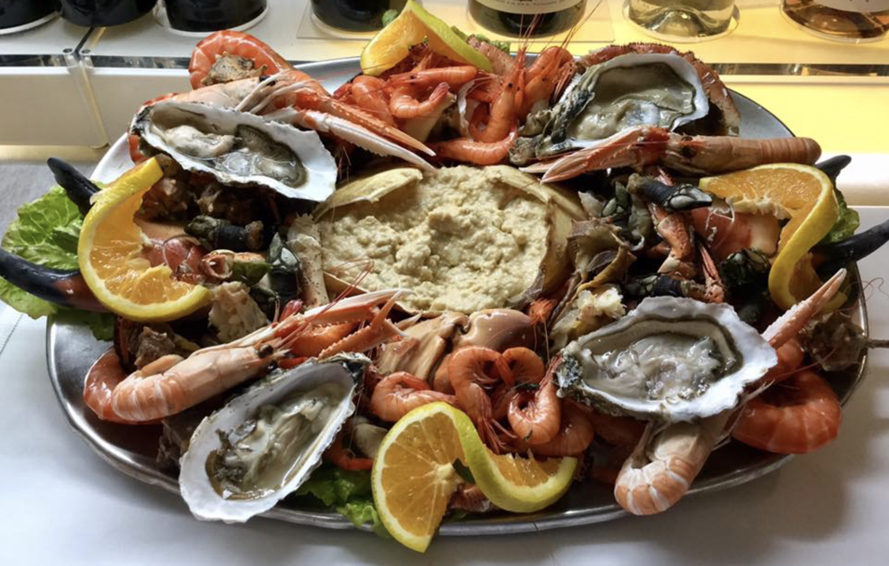 seafood plate at O Gaveto in Portugal