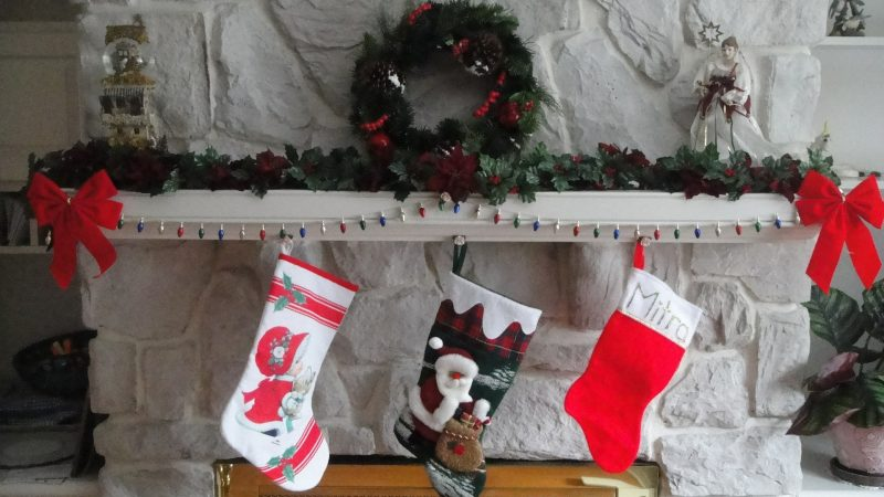 """What stocking stuffers would your travelers like to find this year? From cameras to CityPasses and from beach towels to books, these are the stocking stuffers that will make your family say """"Ah!"""" #GiftGuide #StockingStuffers #GiftsforTravelers"""