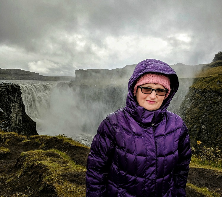 Reasons to visit Myvatn Nature Baths in Iceland. Do not miss Dettifoss Falls!