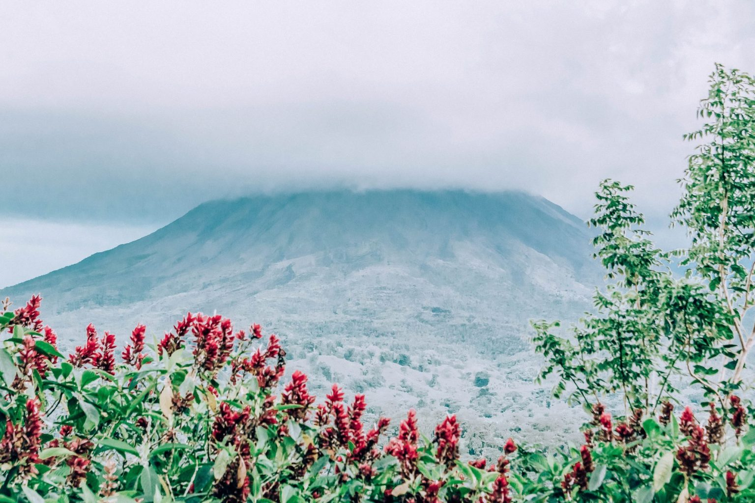 Things to do in Costa Rica with kids include a visit to the Arenal Volcano