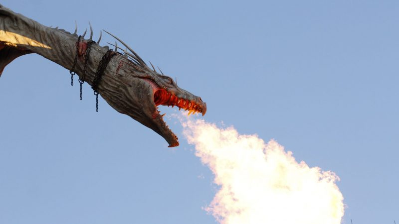 Wait for the Dragon on top of Gringott's Bank to breathe fire! It's a neat experience!