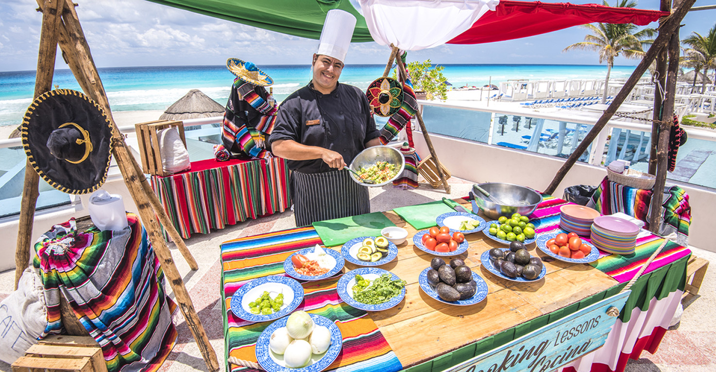 Free activities at Panama Jack Resorts Cancun include Guacamole cooking lessons