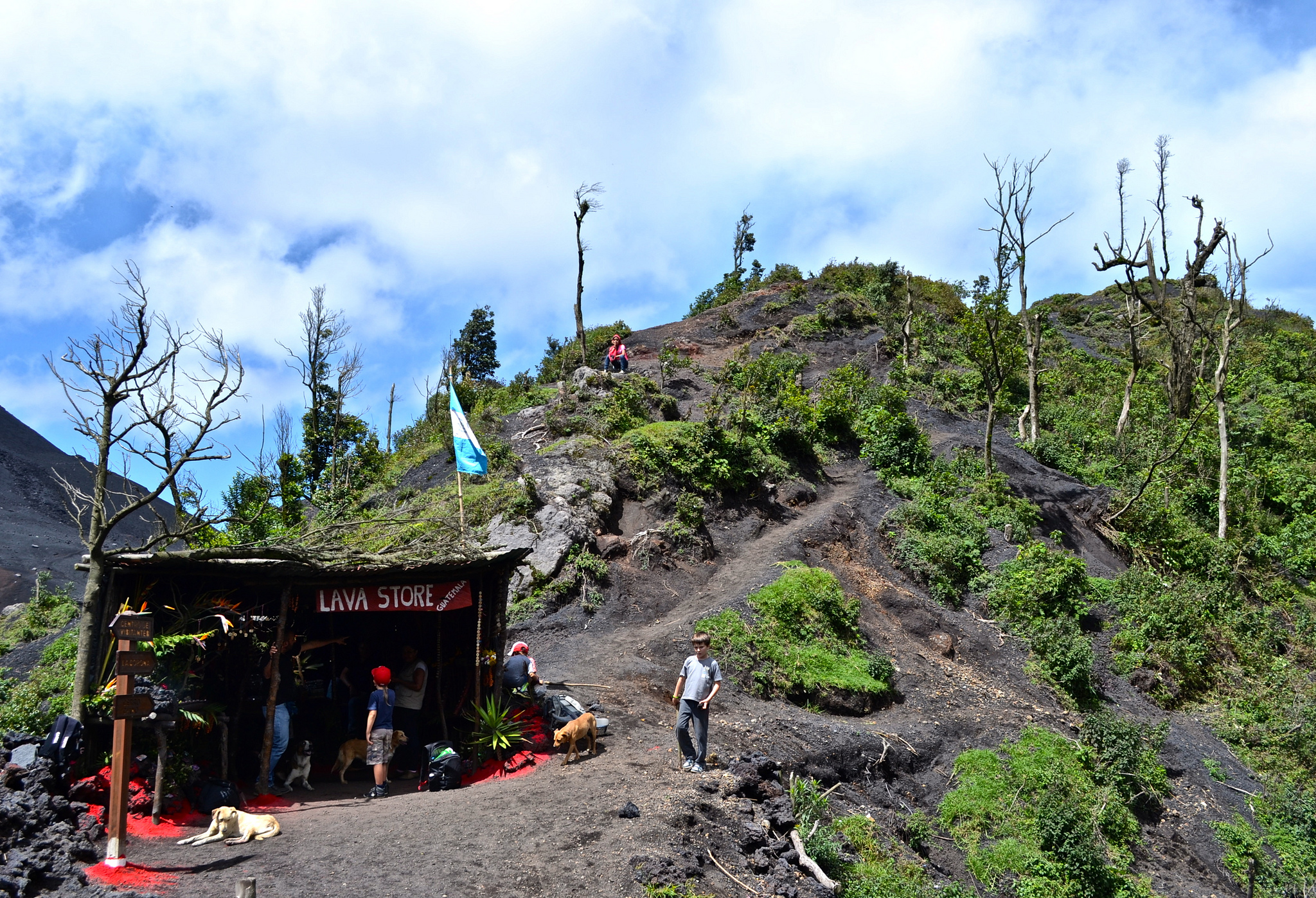 Trails and store in the middle of a sea of lava in Pacaya Volcano.